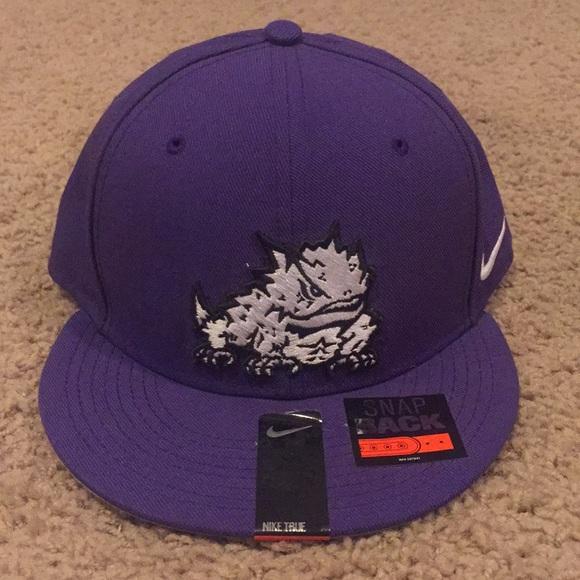 198e373208b Nike Purple TCU Horned Frog SnapBack hat. M 5b451851baebf6432151e521